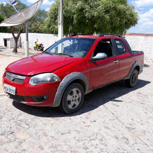 Carro roubado é recuperado pela PM no interior de Caldeirão Grande do Piauí