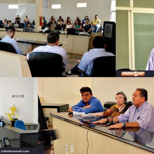 PICOS | Secretaria de Saúde presta contas das metas fiscais e Gestão do SUS; veja fotos