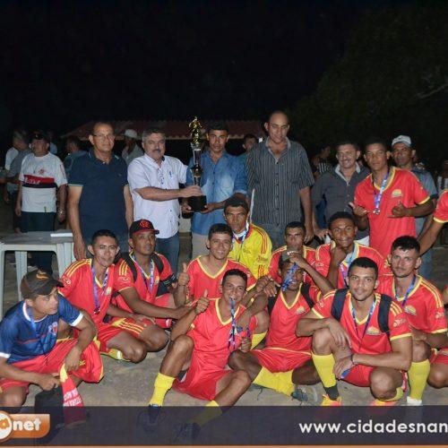 Prefeito Junior de Abel apoia o futebol amador em Curral Novo