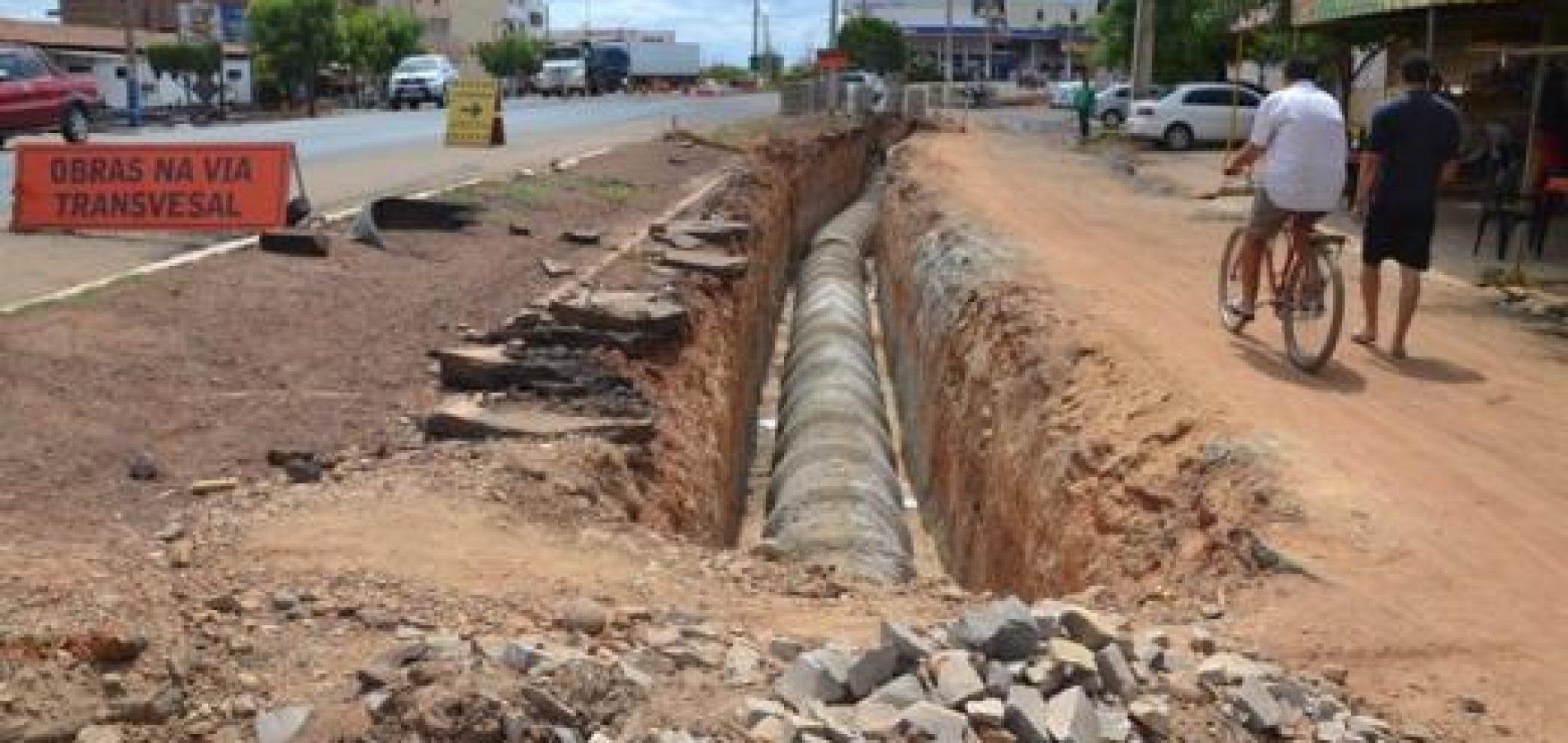 Comerciantes denunciam prejuízos com obra de drenagem nas laterais da BR-316, em Picos