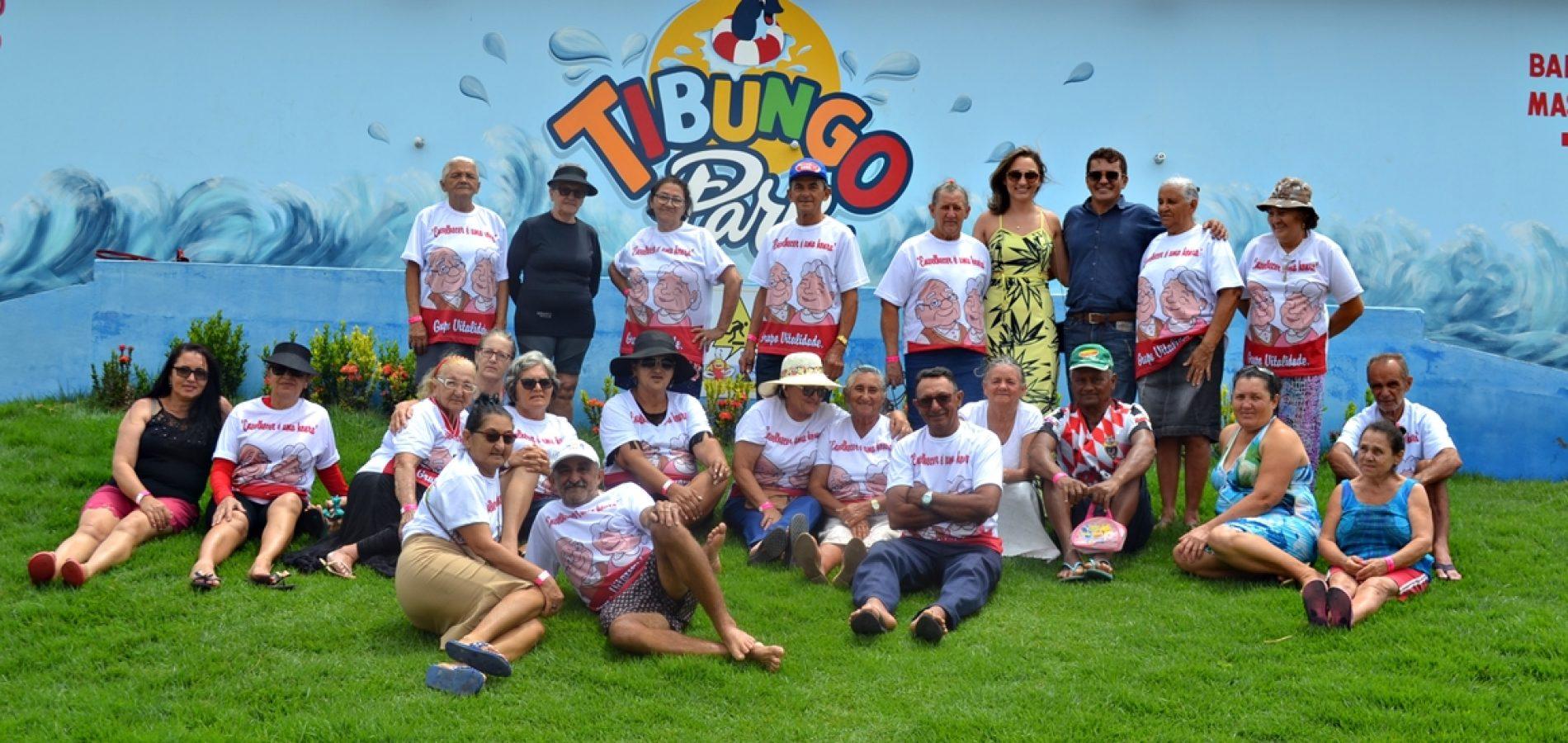 Social de Campo Grande do Piauí promove dia de lazer para grupo de idosos no Tibungo Park