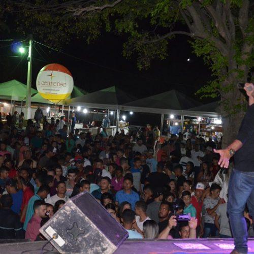 Veja as fotos da festa de Alvino Luz e Lamark na Expocaboclos em Caldeirão Grande do PI