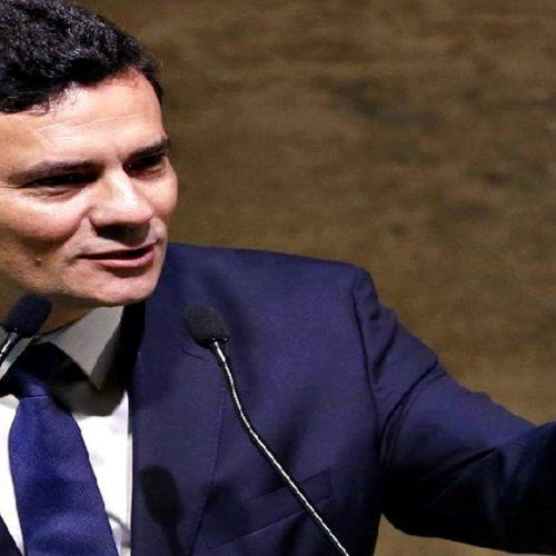 Juízes pedem exclusão de Moro de associação da categoria