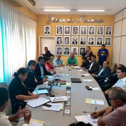 G-13 se reúne para discutir problemas de energia nos municípios