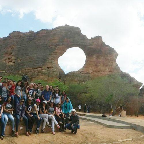 Alunos deBelém do Piauí visitam Parque Nacional Serra da Capivara e Museu do Homem Americano
