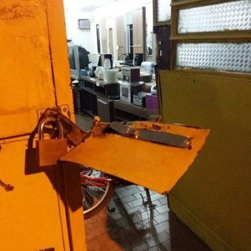 Loja de eletrônicos é arrombada e dupla é rendida em cidade do Piauí