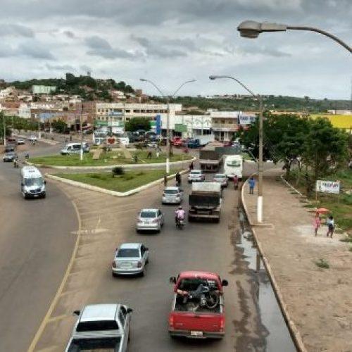 PICOS   Motociclista morre após colidir frontalmente com caminhão no bairro Bomba