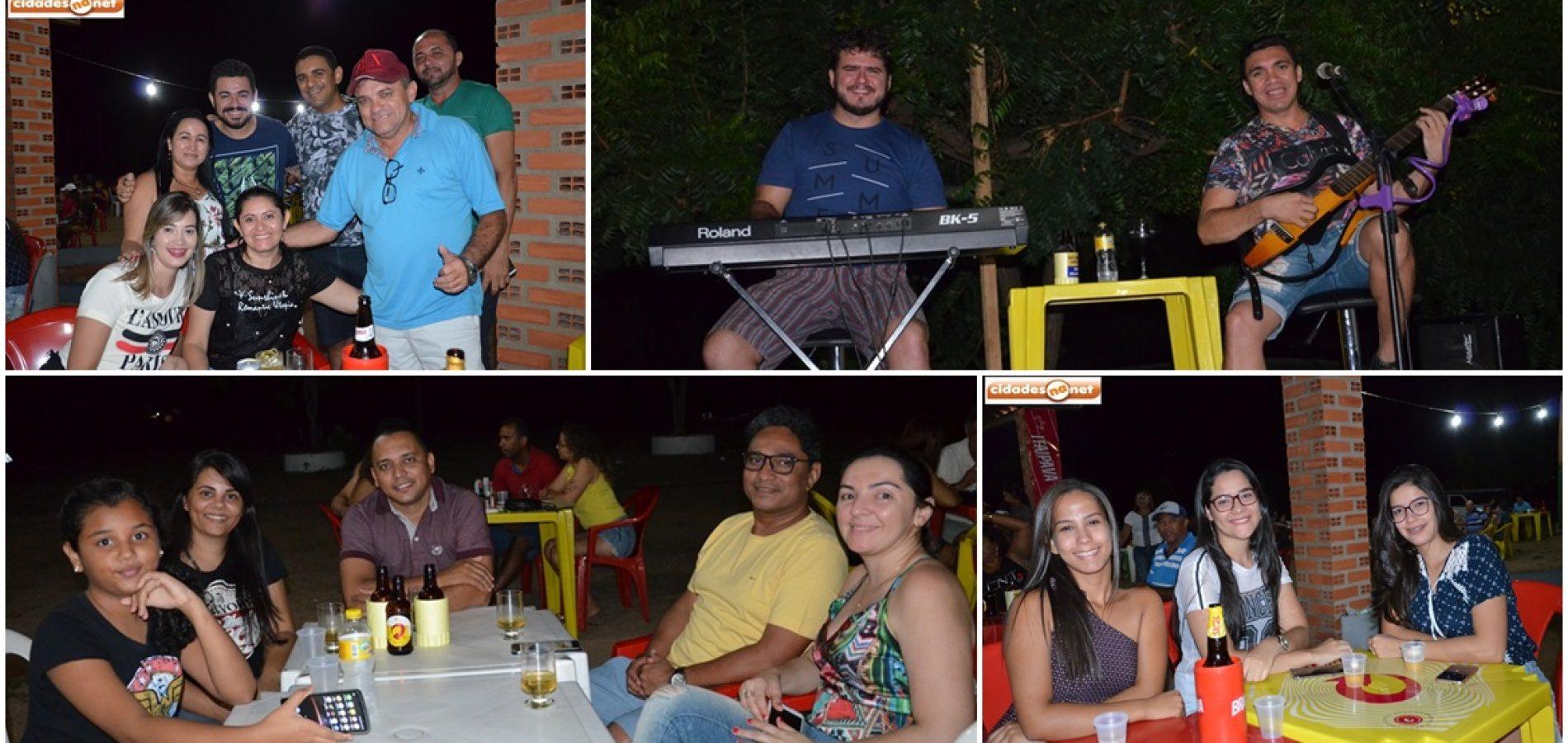 Confira as fotos do show de Edy Sacana na AABB de Jaicós