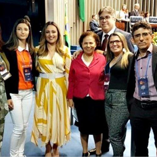 Aluna de Monsenhor Hipólito toma posse como jovem Senadora, após vencer em 1º lugar concurso de redação