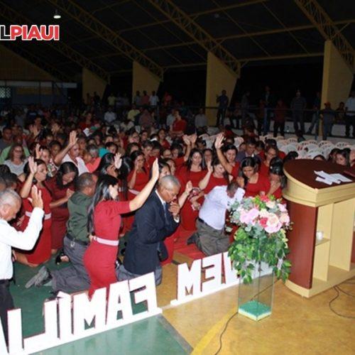 VERA MENDES | Assembleia de Deus realiza Congresso de Senhoras e Mocidade