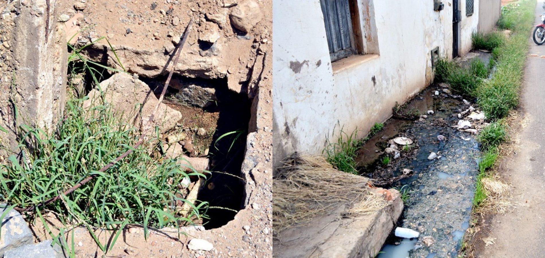 Buraco e esgoto a céu aberto causam transtornos à moradores em rua de Picos