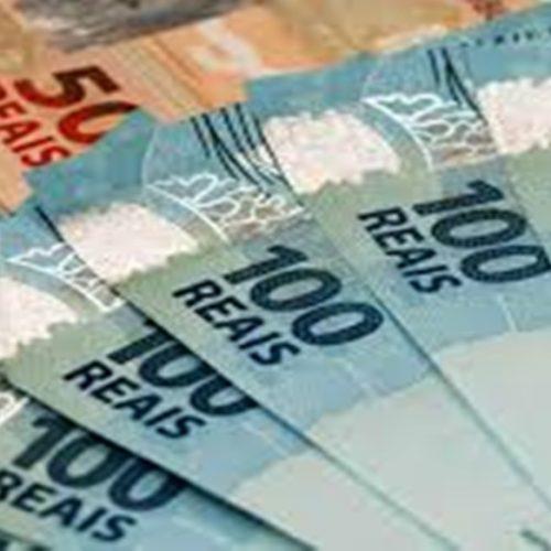 Governo Bolsonaro estima salário mínimo de R$ 1.040 para 2020