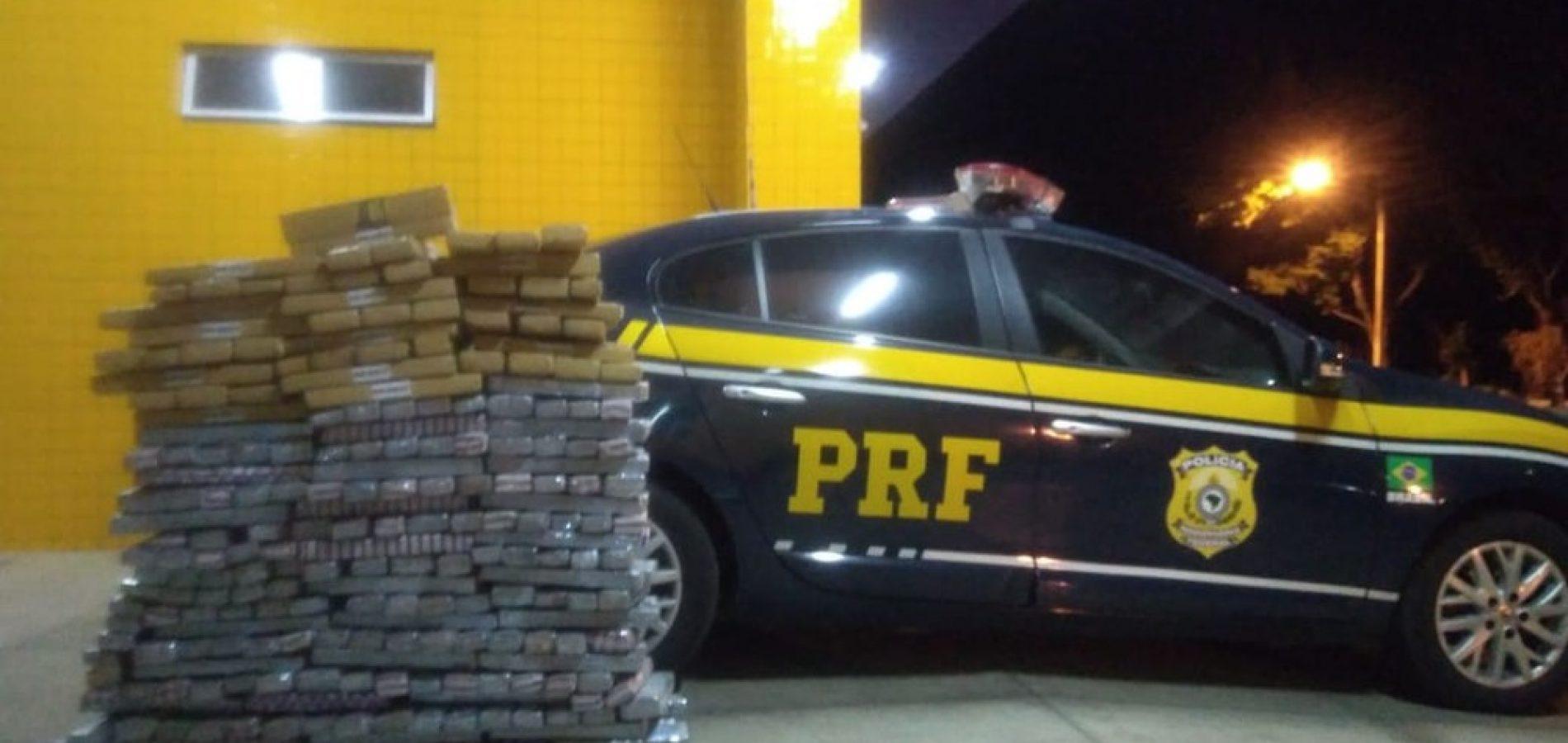 Criminoso que receberia carga de 300kg de droga é preso