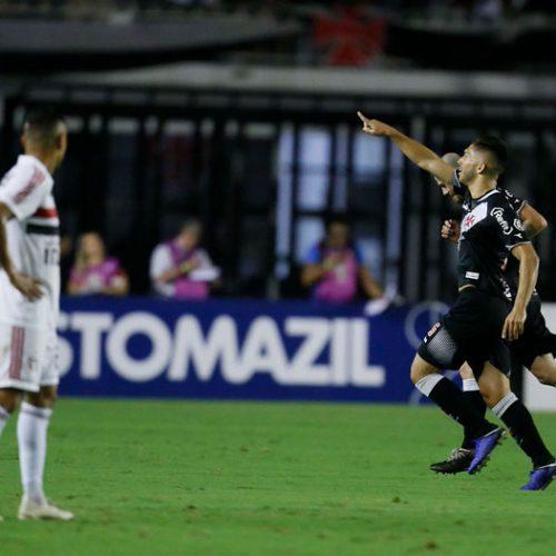 Vasco vence em casa, fica mais longe da queda e impede São Paulo de entrar no G4
