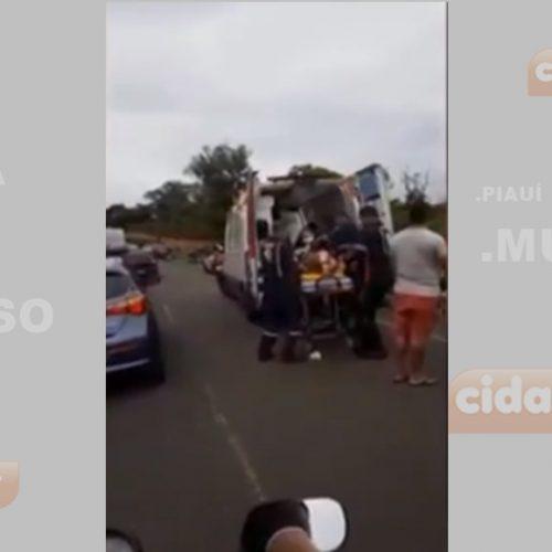 Carro capota e deixa 3 pessoas da mesma família feridas na PI-112
