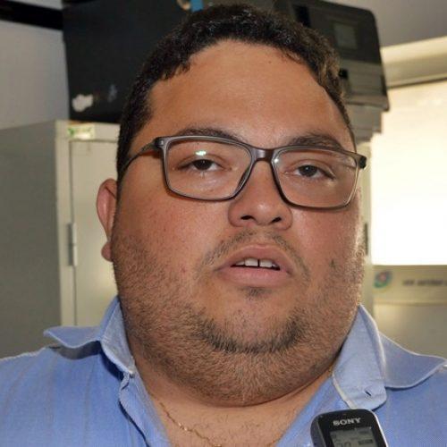 Em Picos, vereador Afonsinho garante que continua na oposição ao prefeito Padre Walmir
