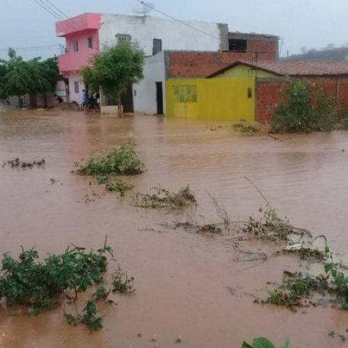 Alerta sobre perigo de temporais no Piauí continua, informa meteorologia