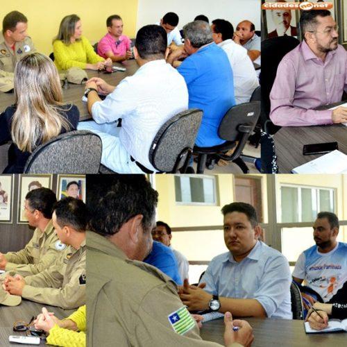 Prefeito de Picos se reúne com Corpo de Bombeiros para discutir ações estratégicas de combate às enchentes