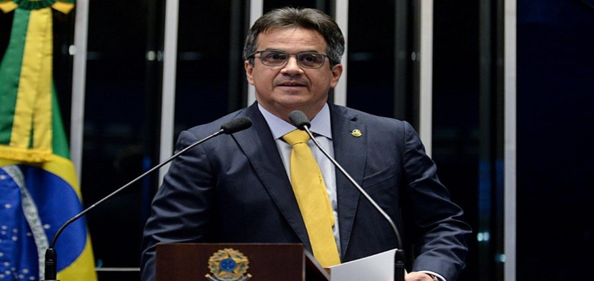 Ciro garante R$ 40 milhões para barragens e R$ 9 milhões para operação carro pipa