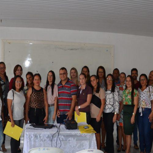 Jaicós sedia capacitação de Conselhos de Educação com participação de mais seis municípios