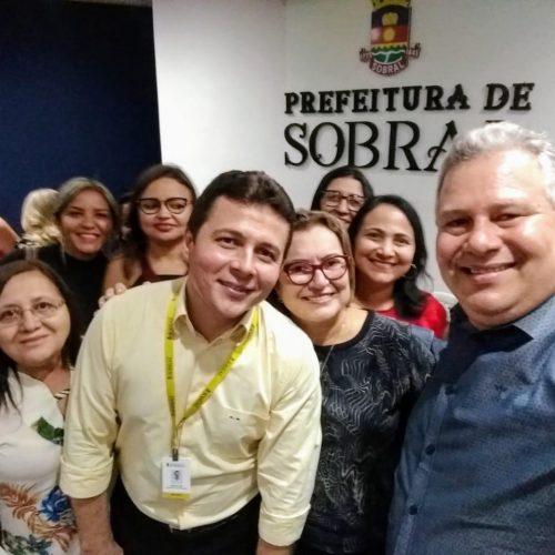 Em busca de melhorias, Secretária de Educação de Fronteiras participa de Seminário Educacional em Sobral-CE
