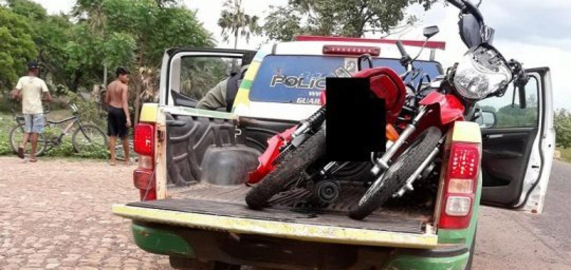 Colisão entre motocicletas deixa duas pessoas feridas na PI-113