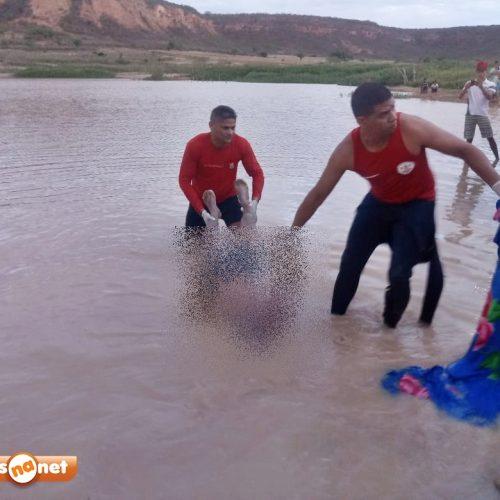 Vídeo mostra trabalho de bombeiros e o resgate do corpo de banhista em Caldeirão Grande. Veja!