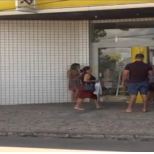 Clientes reclamam da falta de dinheiro em caixas eletrônicos em cidade do Piauí