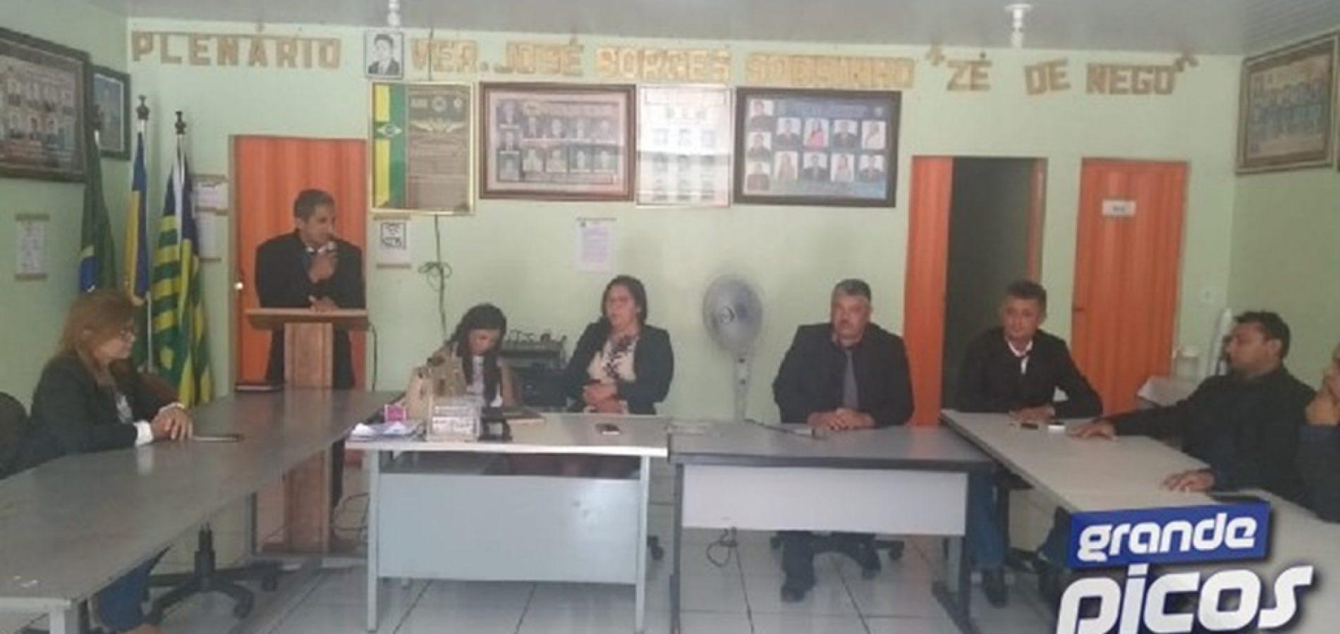 Câmara Municipal encerra ano legislativo em Geminiano