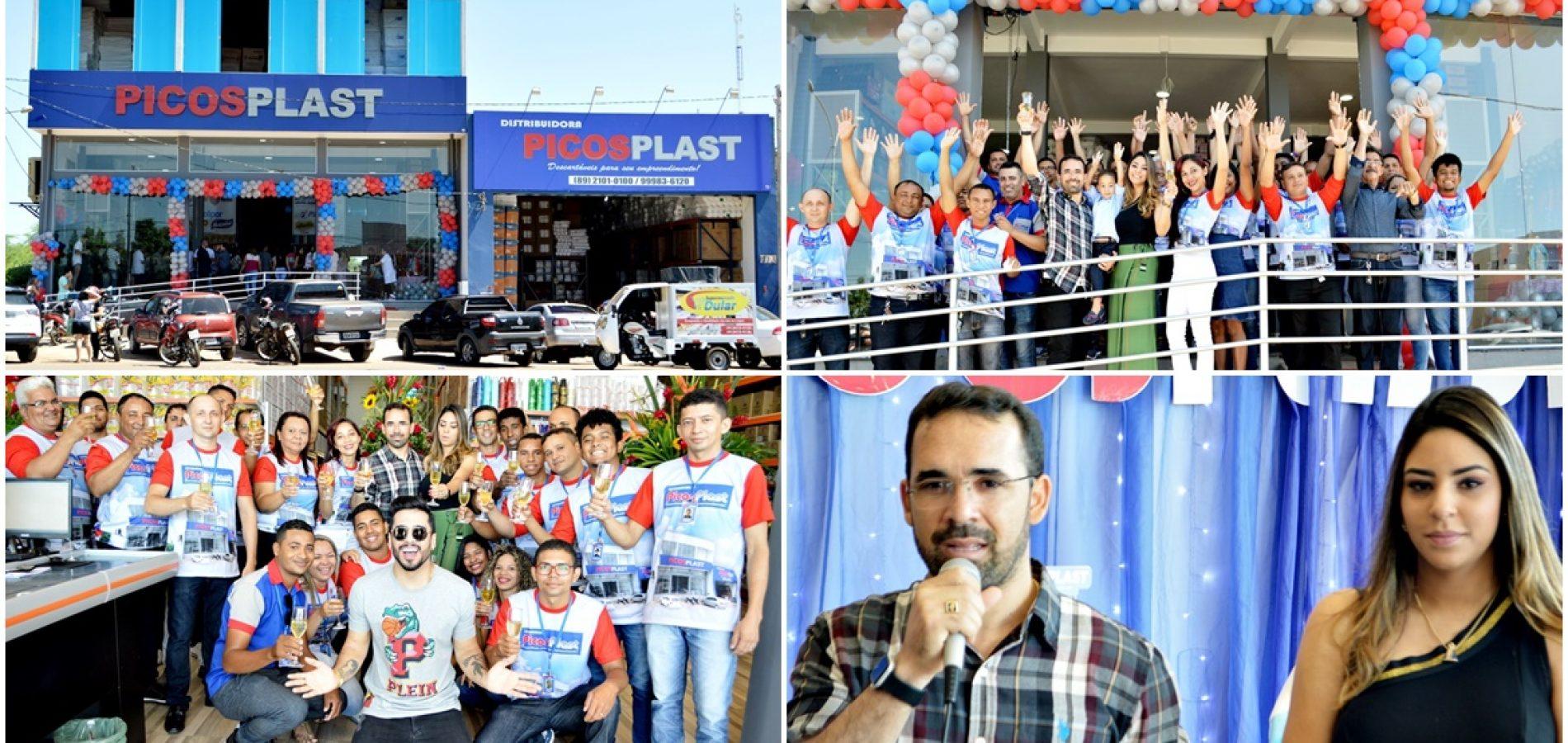 Empresa Picosplast inaugura nova loja em Picos; veja fotos