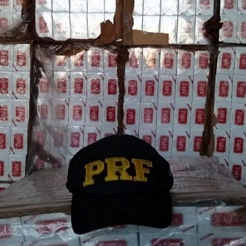 PRF de PE apreende carga de cigarro avaliada em R$ 1,3 milhão que saiu de Teresina