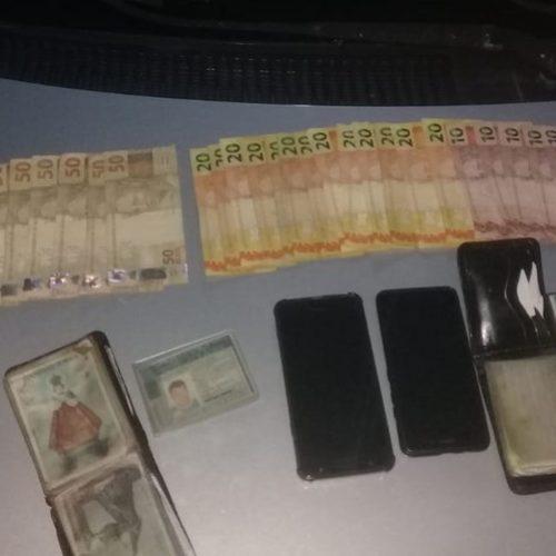 Dupla é presa após comprar bebidas e eletrônicos com dinheiro falso no Piauí