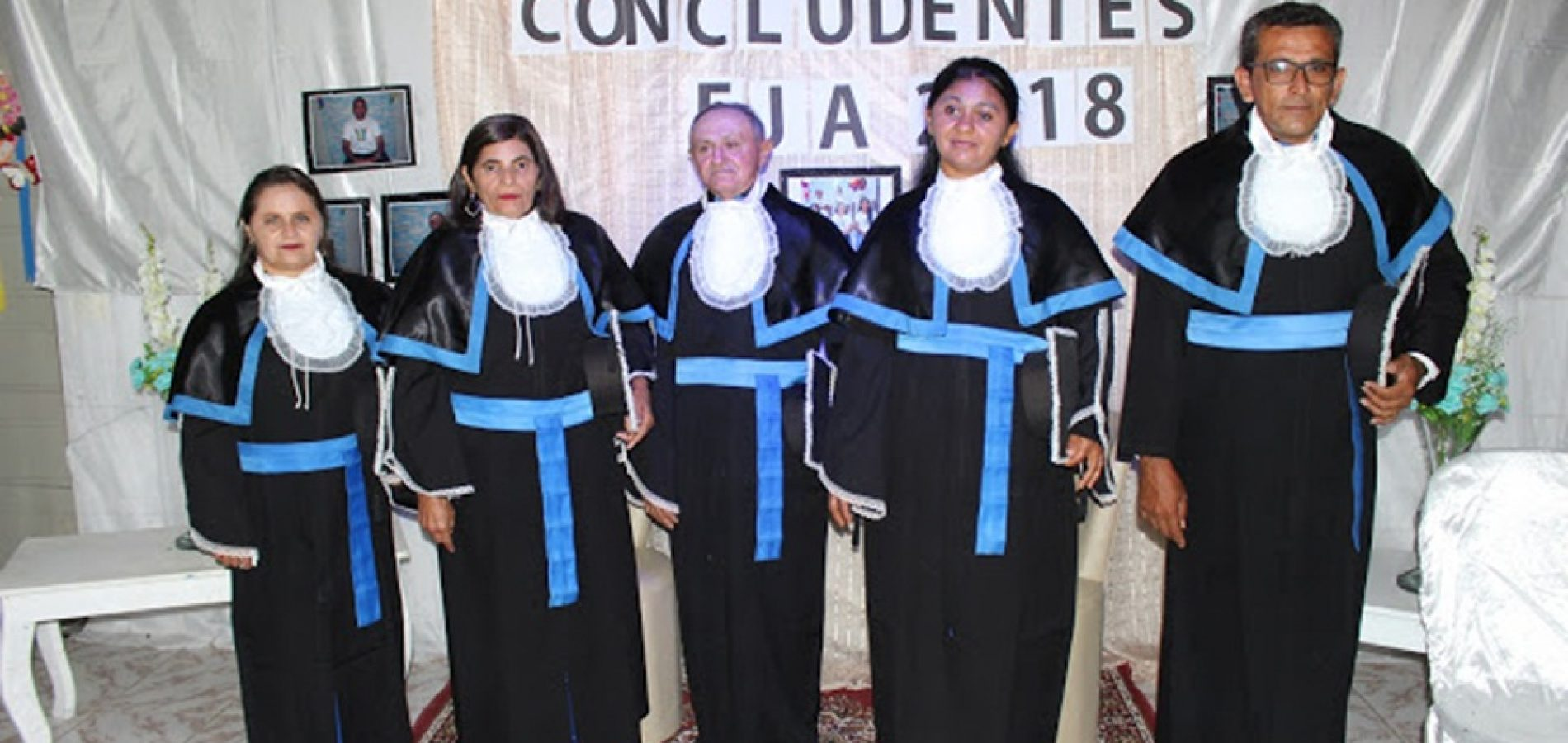 Prefeitura de Simões realiza formatura de alunos da Educação de Jovens e Adultos