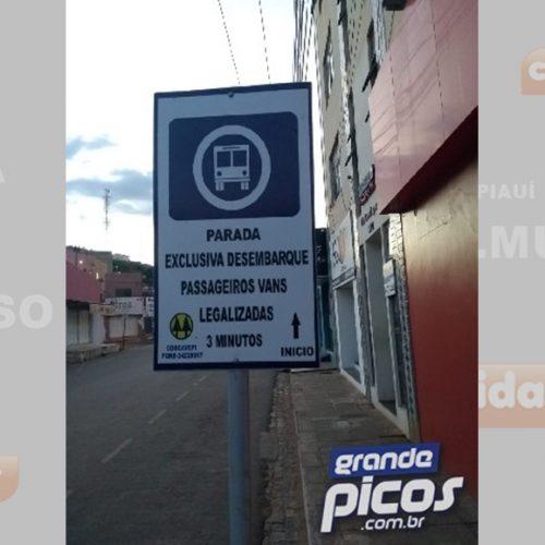 Tráfego de vans é readmitido no centro comercial de Picos com restrições