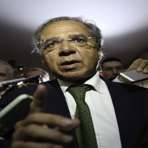 Guedes diz que pretende cortar até 50% do sistema S