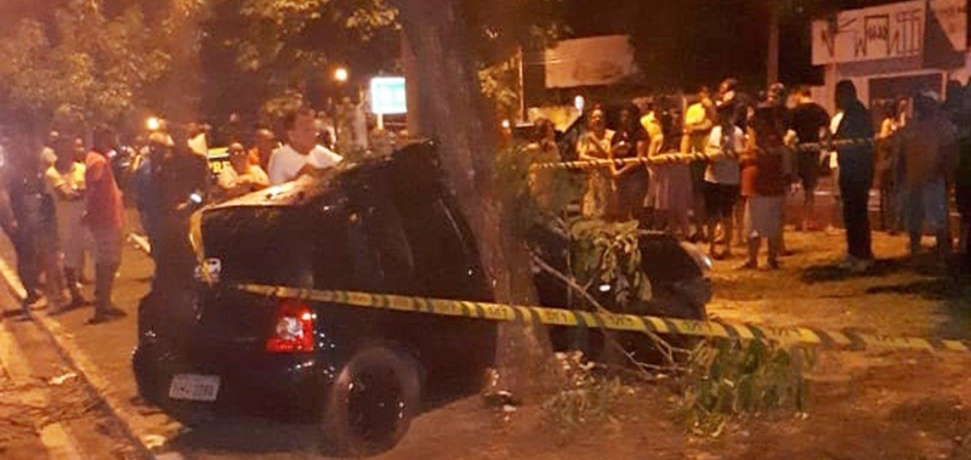 Menino morre e pai fica ferido após colisão contra árvore no Piauí