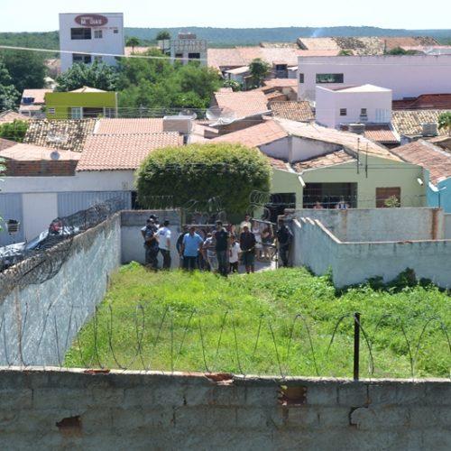 Jovem é encontrado morto em área de torre de telefonia no Centro de Jaicós