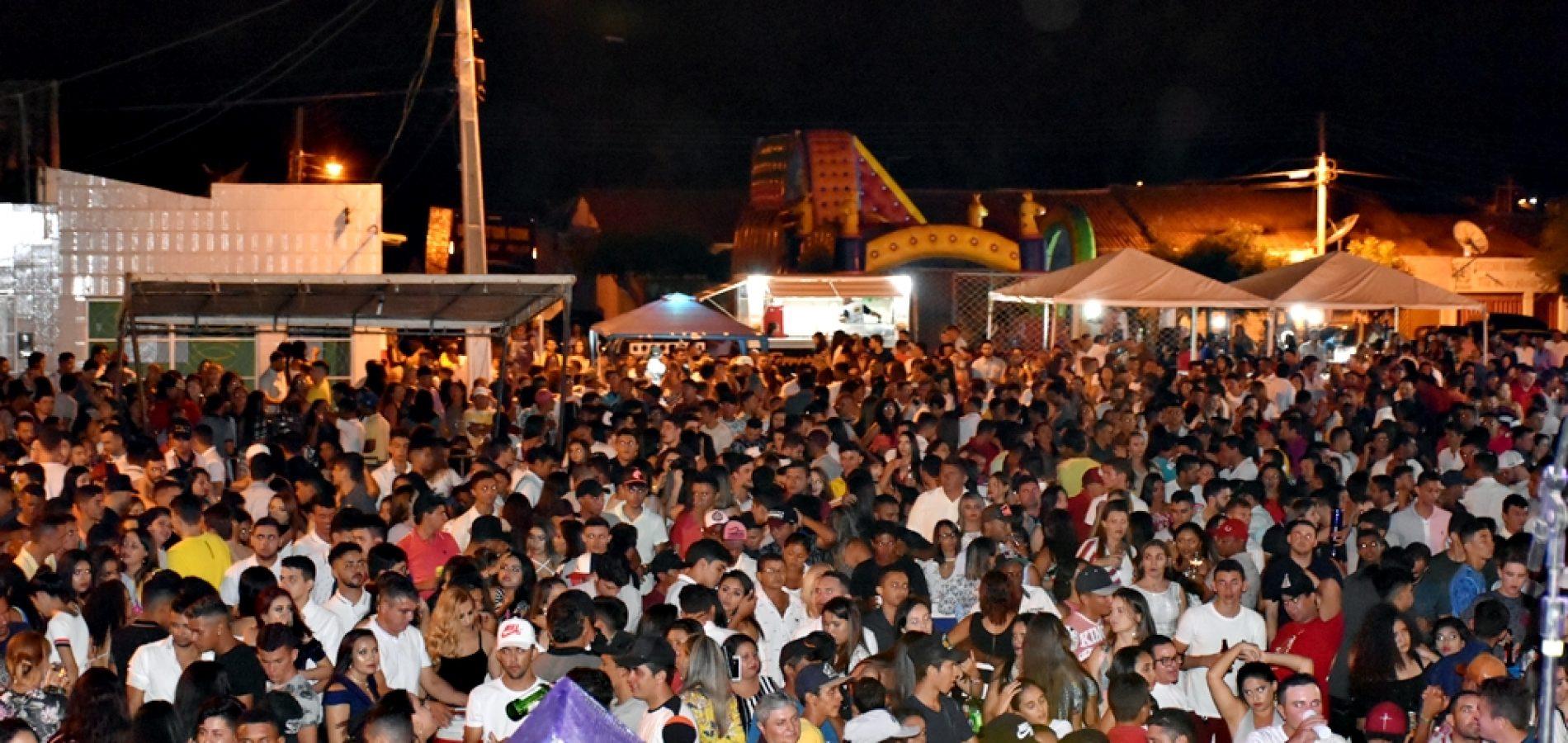 Cobertura fotográfica do Réveillon 2019 em Alegrete do Piauí