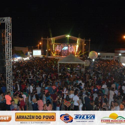 PADRE MARCOS 55 ANOS | Veja fotos dos shows com Márcia Fellipe, Sorriso de Menina e Lamarck