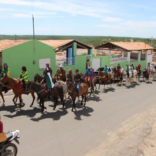 Confira fotos da II Cavalgada Entre Amigos em Jaicós