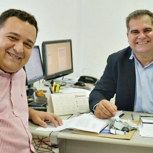 Saúde de Caridade do Piauí recebe picape L200;veículo reforçará vigilância no município