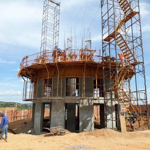 Agespisa avança em obra de ampliação do abastecimento de Picos