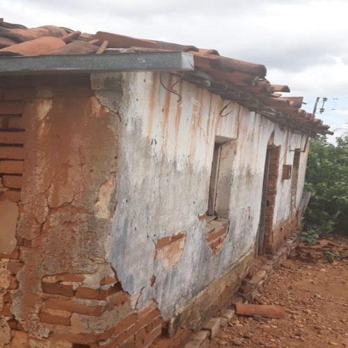 Dois irmãos morrem ao confundir veneno com cachaça no Piauí