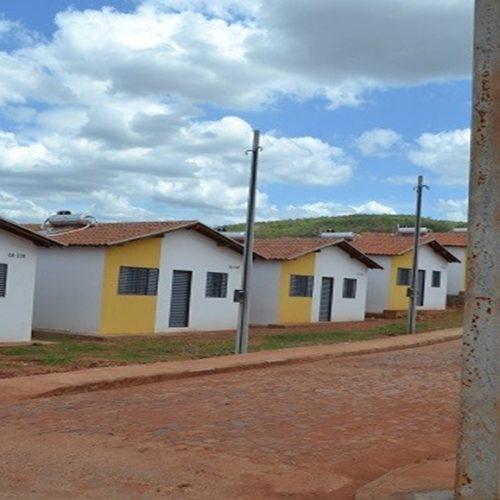 Famílias são enganadas com falso cadastro de reserva de residenciais em Picos