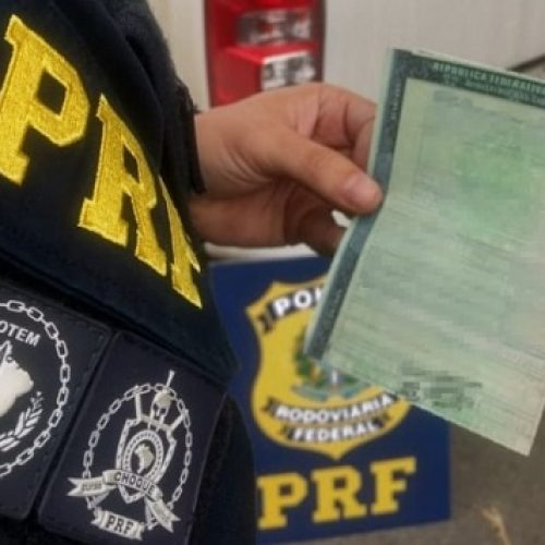 Homem é preso com documento de carro falso em Picos