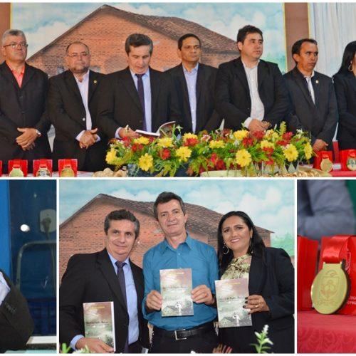 FOTOS | Solenidade de lançamento de livro e entrega de honrarias no 55º aniversário de Padre Marcos
