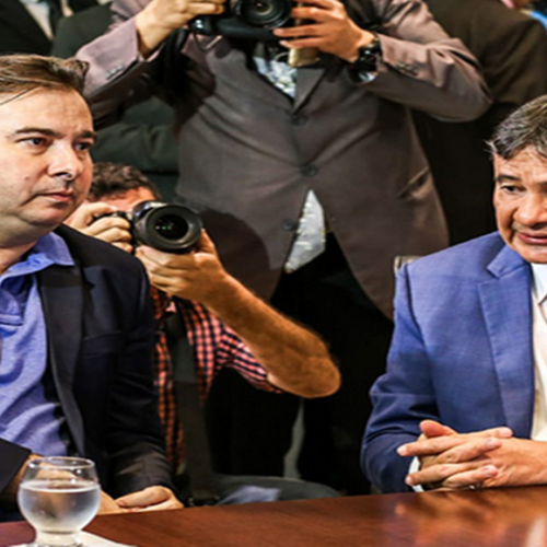 Rodrigo Maia chega ao Piauí e se reúne com Wellington Dias e bancada federal