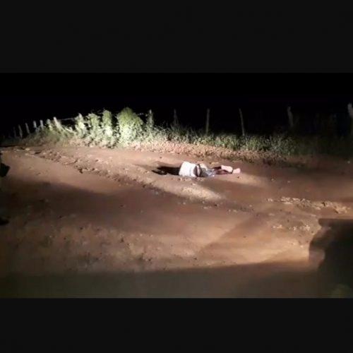 Cadáver é encontrado em aterro sanitário na cidade de Floriano