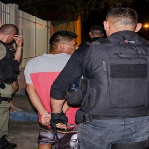 Trio de assaltantes é preso após colidir em jumento durante perseguição policial no Piauí