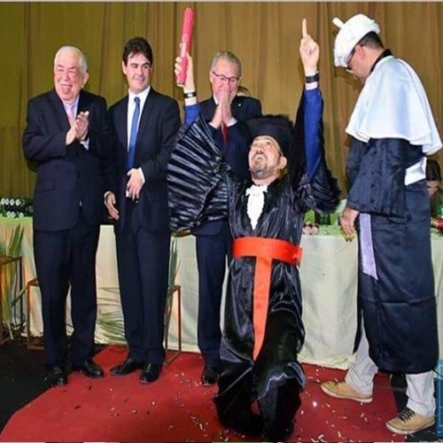 Prefeito de Picos se forma no curso de Direito